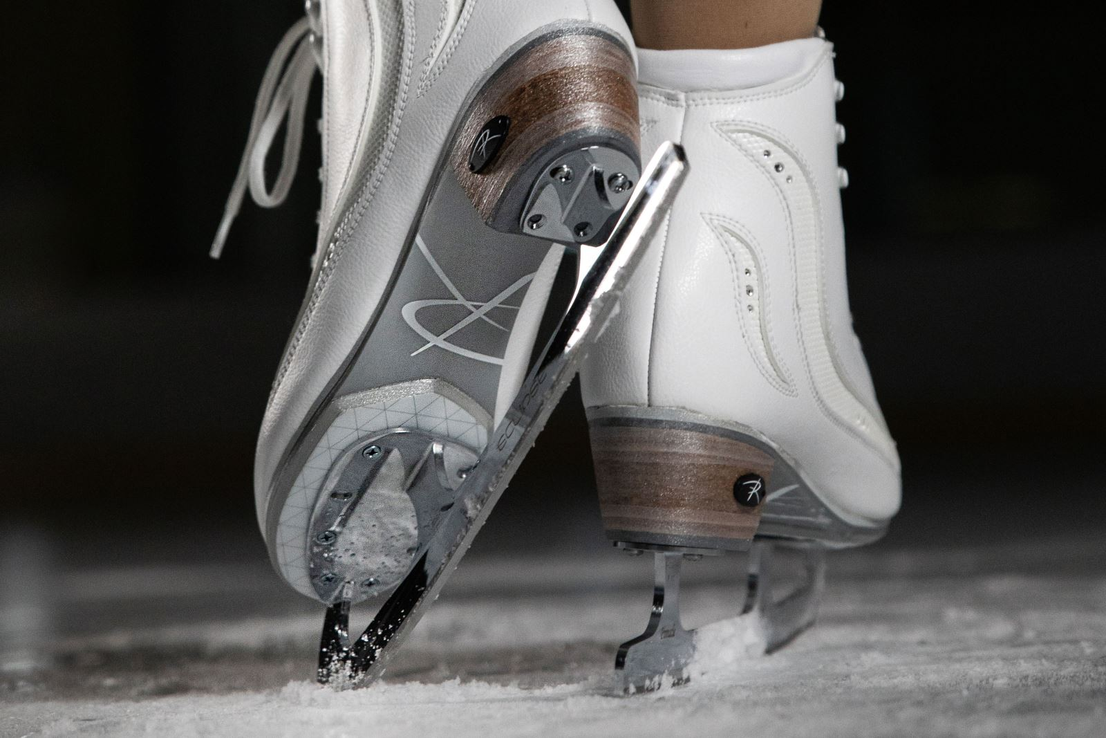 Hydro-Shield Outsole featured on the Elara from Riedell Skates